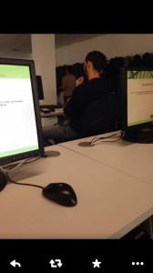 presunto utilizzo dello smartphone all'interno di un'aula pochi istanti prima dell'inizio del test